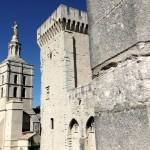 Eglise Notre-Dame des Doms et tour de la Campane