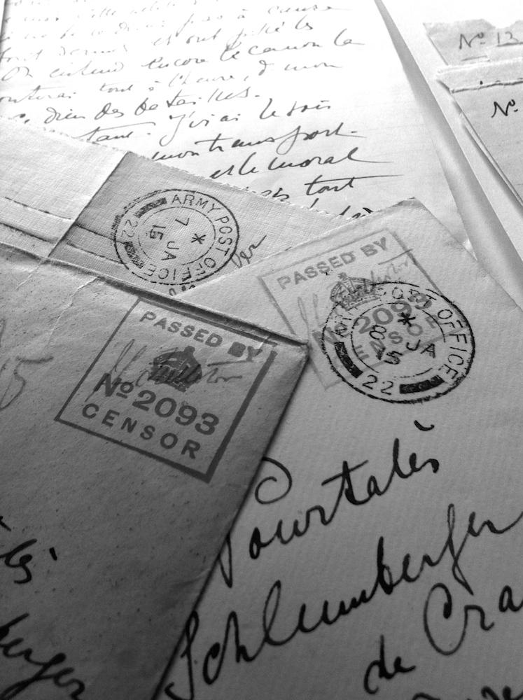 Lettres de Guy de Pourtalès avec oblitération de la censure britannique - 1915.