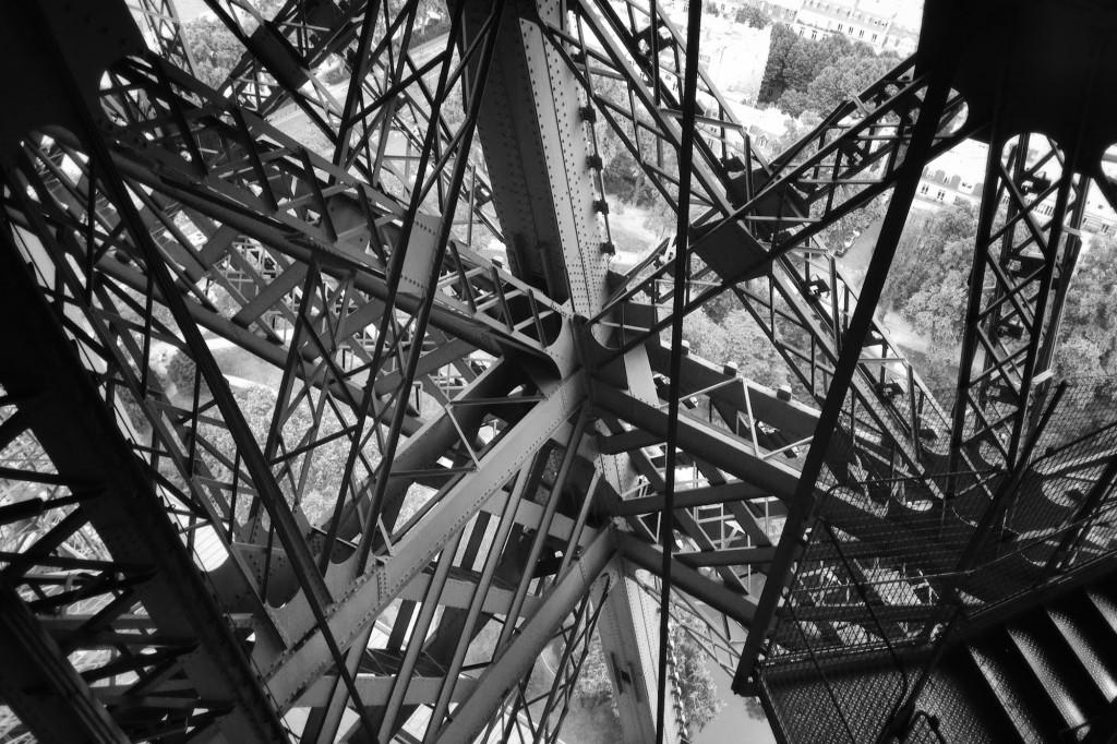 ParisTourEiffel12